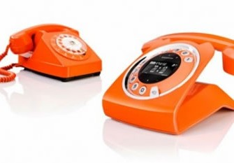 You can only Love this Retro Rotary Telephone with a Digital Twist