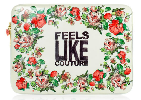 Juicy Couture Laptop Case looks sweet with its rosebud design