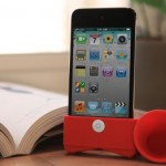 Horn-Stand-iPod-Touch4-1