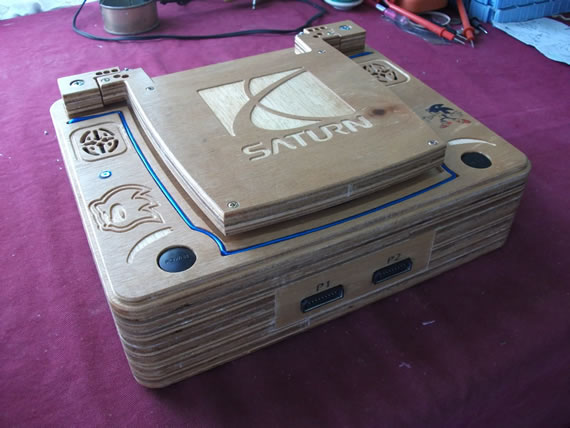 All-wood SEGA Saturn Laptop gives gamers an organic gaming experience
