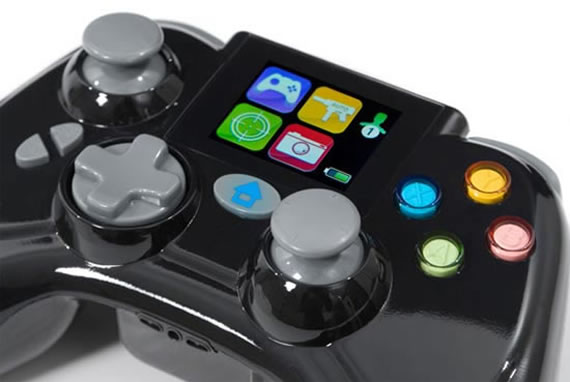 LCD-equipped Xbox 360 controller lets you cheat