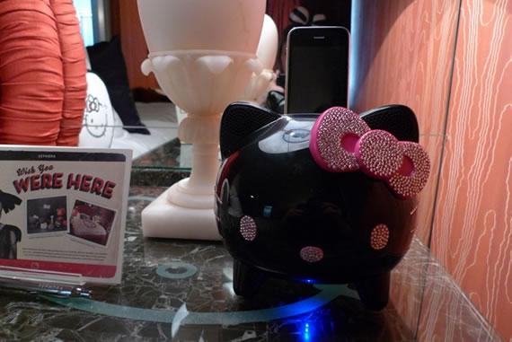 Hello kitty hotel suite at maison 140 3 - Petite maison hello kitty ...