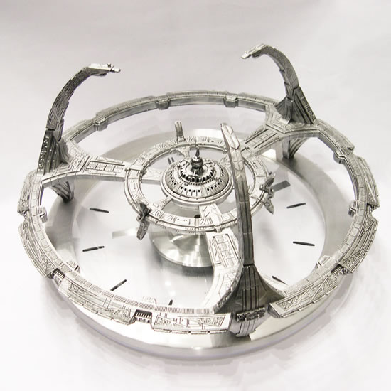 Star Trek Deep Space Nine Clock is gorgeousness on land