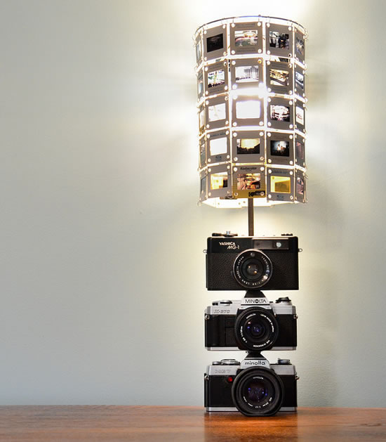 DIY Lamp Base made up of Vintage Cameras is pretty cool