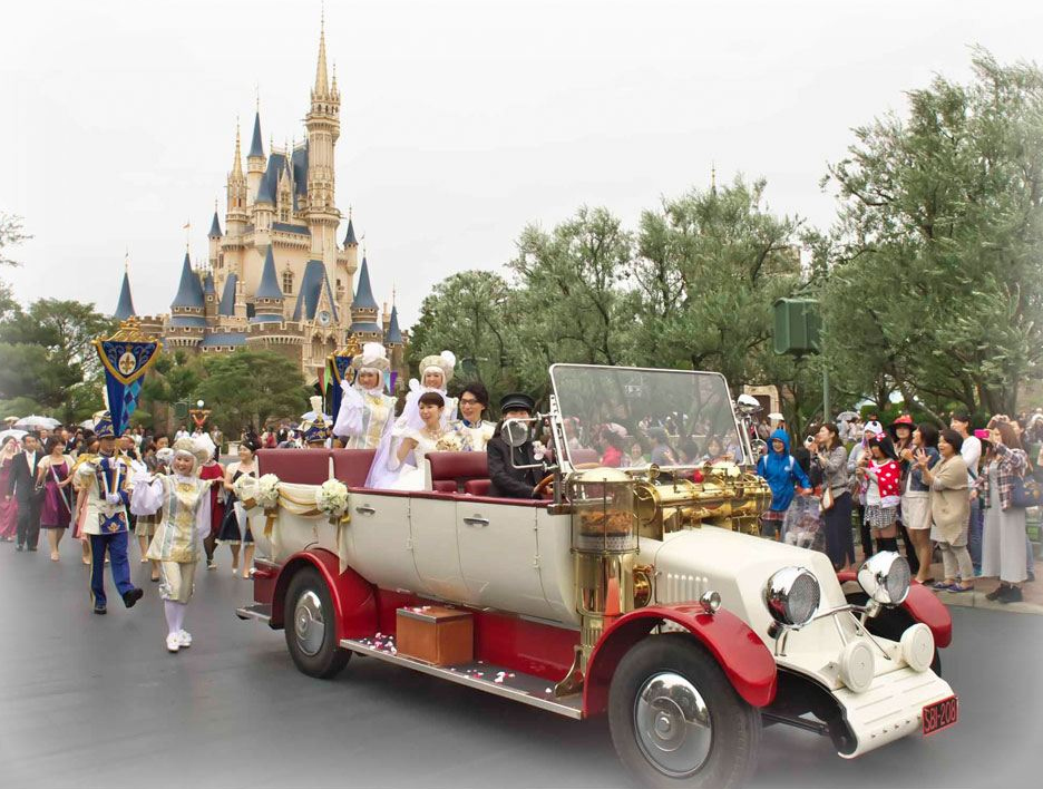 Say I do Disney-Style at Tokyo Disneyland for US$96,000