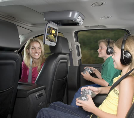Game your way in cars with the Audiovox entertainment system