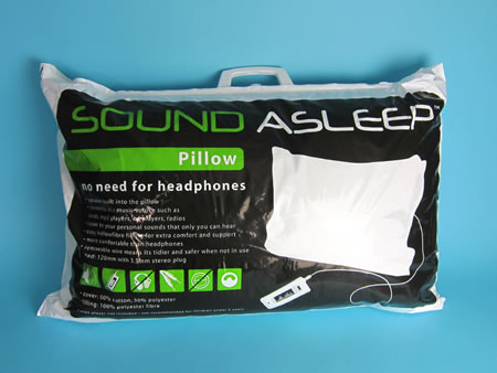 Pillow with integrated speakers helps you fall asleep