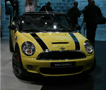 MINI unveils its latest 2010 Cooper Convertible at Detroit Auto Show