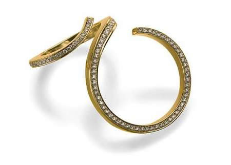 Unusual contorted wedding rings