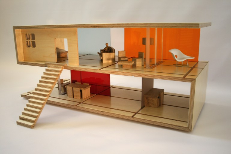 Qubis Haus- Coffee Table cum Doll House