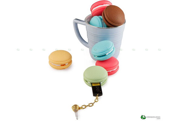 PQI Macaron USB flash drive for your scrumptious stuff