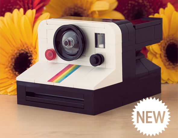 How cute is this LEGO Polaroid Land Camera 1000 by Chris McVeigh?
