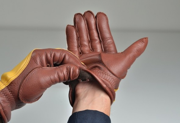 bluetooth-glove-2