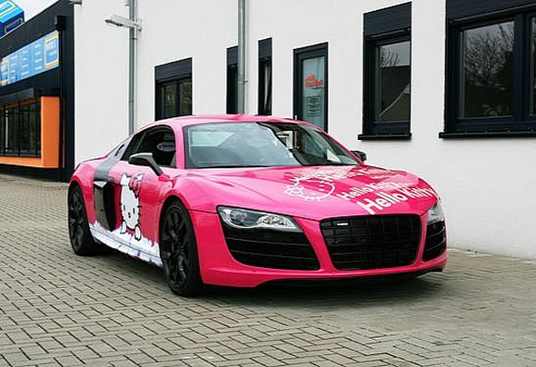 hello-kitty-audi-2