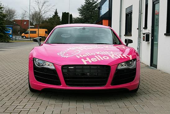 hello-kitty-audi-3