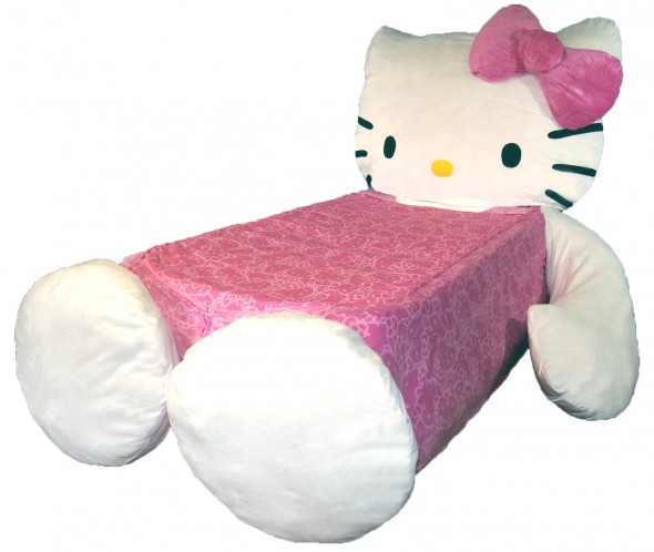 hello-kitty-bed-1