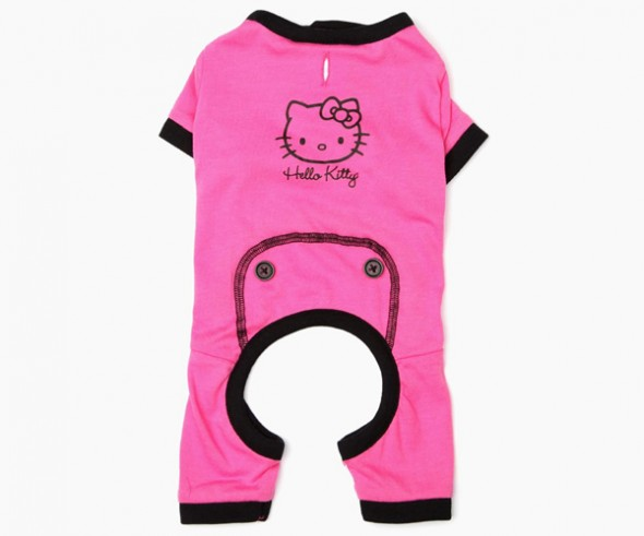hello-kitty-pet-pajamas-2