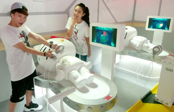 Hello Kitty turn into Robot Kitty at Robot Kitty Future Paradise Exhibition