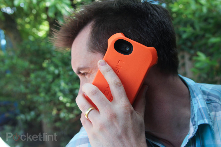 Life Jacket iPhone 5 Case saves your Gadget from Drowning and Damage