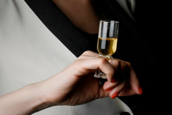 remy-martin-wine-glass-ring-1