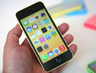 C in iPhone 5C doesn't stand for 'Cheap', sells for $600-$800 Worldwide