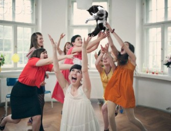 Brides Throwing Cats: Making weddings fun again