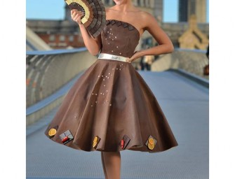 A Dress made of chocolate is too good to eat!