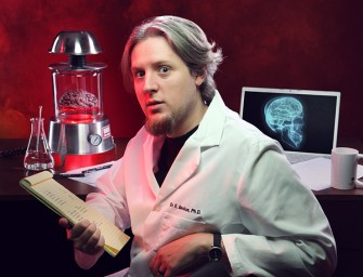 The FrankensteinLabs Einstein's Brain Desk Lamp: For the mad scientist in you