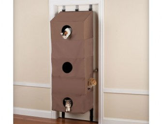 The Over The Door Cat Condo: The entertainment system cum bed for your feline babies