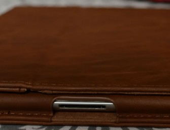 Gizmodiva Reviews: Snugg iPad 3 Distressed Leather Case