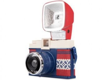 Lomography Winter Edition for the holiday season!