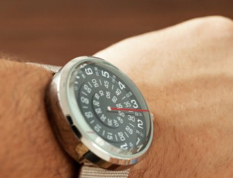 Mykonos Design Visus Watch: The face rotates while the hand stands still
