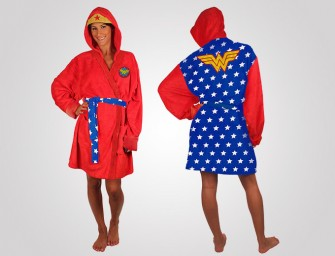 Wonder Woman Robe: Coz' superheroes also need to rest