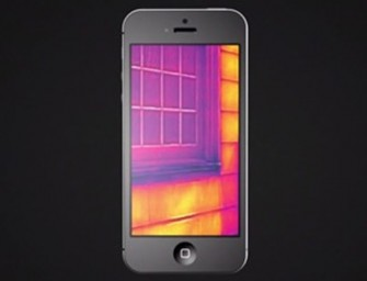 FLIR thermal imaging iPhone case is the hottest thing at CES 2014!