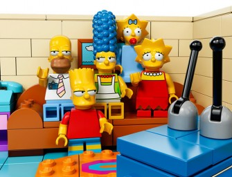 Simpsons' Lego-field with 742 Evergreen Terrace