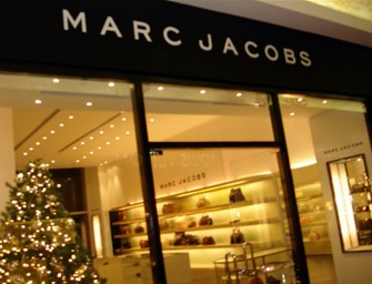 Marc Jacobs Pop Up Shop allows Fashionistas to Pay With Hashtags!