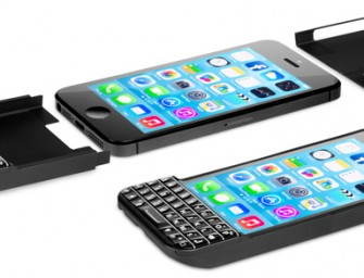Typo Keyboard Case transforms your iPhone into a Blackberry