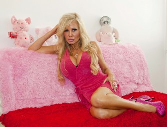 Blondie Bennett, Wannabe Barbie resorts to Hypotherapy to Become Stupid