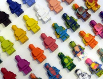 DIY Lego Crayons: A Sunday afternoon pastime with the kids