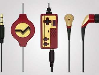The Retro 2 Con Earphone Mic looks like a tiny retro Nintendo Famicom controller