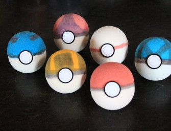 Fizzing Pokeball Bath Bombs make bath time fun again