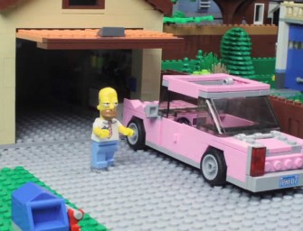 The Simpsons couch gag gets a LEGO treatment