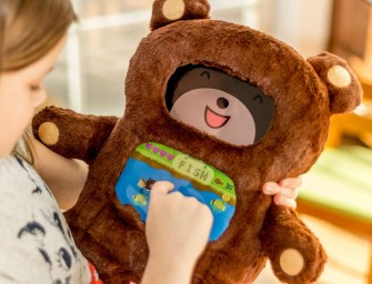DiDi: The iPad Powered Teddy Bear teaches your toddlers to read though fun games