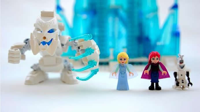 lego-frozen-ice-palace-2