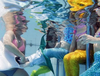 A Mermaid Academy teaches you to swim around like one