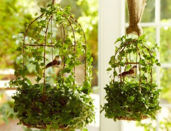 The most gorgeous Outdoor- Indoor Green Easter Decorations