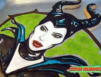 Would you take a bite of this Maleficent Cookie; if you dare!