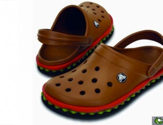 Make a delectable entry with Hamburger Crocs