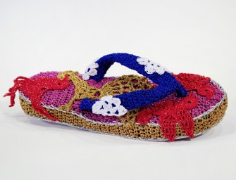 Crochet summer shoes by Olek: Bright and vibrant must-haves