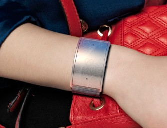 Safelet Bracelet Saves You from Danger with a Button
